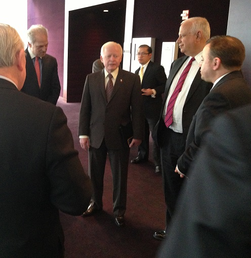 Ambassador Jose Cuisia responds to questions from potential investors during Chicago leg of investment roadshow