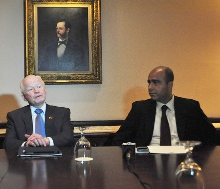 Amb. Jose Cuisia (left) with Transfast CEO Samish Kumar. Photo by Elton Lugay