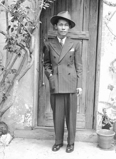 Novelist and poet Carlos Bulosan. Photo: From the Collection of the University of Washington Libraries