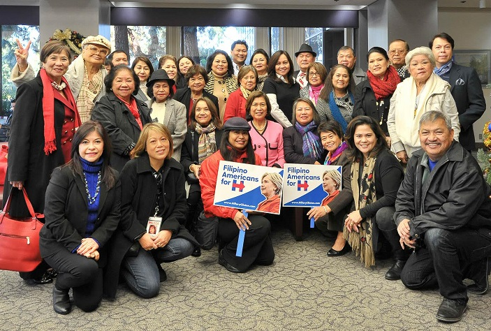 Filipino Americans for Hillary gather under the banner of the NAFAA with  President emeritus Loida Nicolas Lewis, in Los Angeles.  Photo by TetBee of  The FILAMLA.