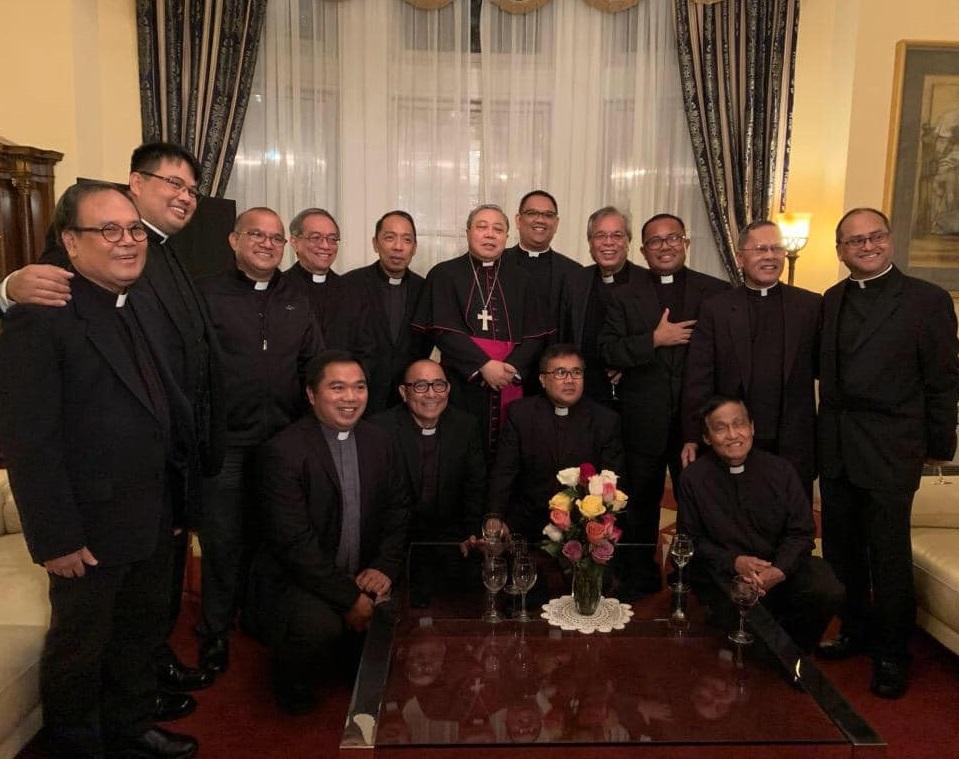 auza-fil-priests