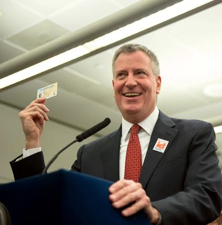 Mayor Bill de Blasio and Council Speaker Melissa Mark-Viverito launch the IDNYC municipal identification program for residents of all five New York City boroughs.  Queens Public Library.  Monday, January 12, 2015.  Credit: Demetrius Freeman/Mayoral Photography Office.
