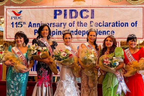 Mrs. Kalayaan winners (from left): Susan Tobias, Josephine Gaurana, Ernestine Hollins, Rose Pacia Labelle, Leila Martinez and Jeanette Corpuz