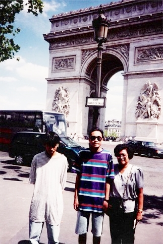 The author (center) makes his first visit to Paris in 1993. He is shown in front of the Arc de Triomphe with his brother Warren and their mother Linda Gaa.