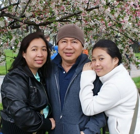 With wife Noreen  and daughter Andrea Rosanelle enjoying a cherry blossoms vacation