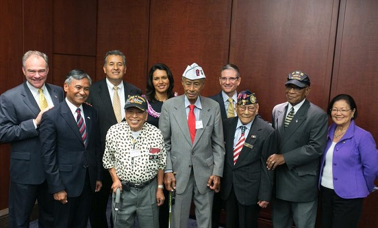 Maj. Gen. Tony Taguba (2nd from left) with World War II veterans Jesse Baltazar and Ray Cabacar and members of Congress who led the bipartisan support for the bill, Senator Tim Kaine of Virginia, Senator Mazie K. Hirono of Hawaii and Congresswoman Tulsi Gabbard of Hawaii. Photo: FilvetREP
