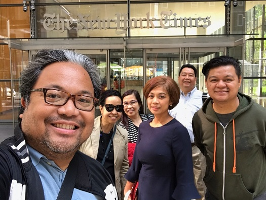 Officers of the Filipino American Press Club of NY visit the NYT: From left, Momar Visaya of Asian Journal; Cristina Pastor of The FilAm and Makilala TV; Marivir Montebon of OSM magazine; Monette Rivera of ABS-CBN; Ricky Rillera of Philippine Daily Mirror; and Don Tagala of ABS-CBN. Photo by Momar Visaya/AJ