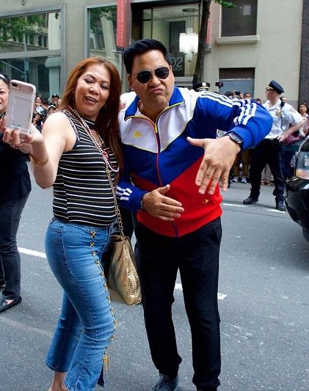 A selfie with pop singer Martin Nievera