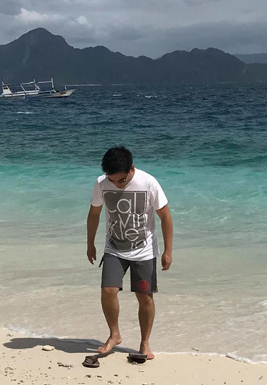 Vacationing in  Palawan's El Nido.  Ultimately, his plan is to retire in the Philippines.