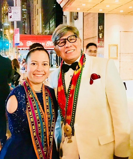 Awardees both: Sir Francis Sison of the Knights of Rizal, and licensed pilot and motivational speaker Jessica Cox who was born without arms because of a birth defect