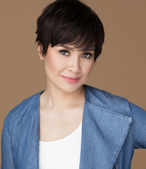 Proud to sing in the languages of her parents and friends. Photo: Leasalonga.com