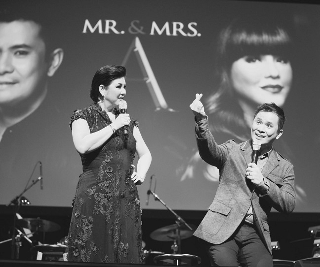 Ogie Alcasid and Regine Velasquez topbill Mr. & Mrs. A, a hit concert produced by Mr. & Mrs. M. Photo: Francis Faina Photography