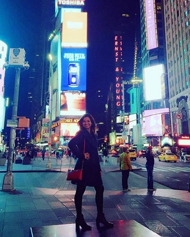 Margaux and Ernst & Young in the middle of Times Square