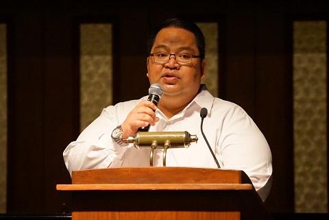 Deputy Consul General Kerwin Tate: 'It is a beautiful act.'  Photo by Lambert Parong/ FAPCNY