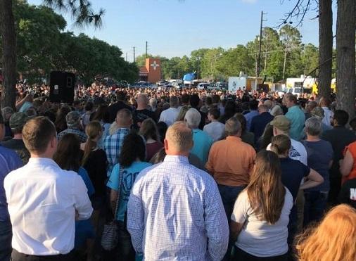 Vigil for the Santa Fe school shooting victims. Photo: CNN.com