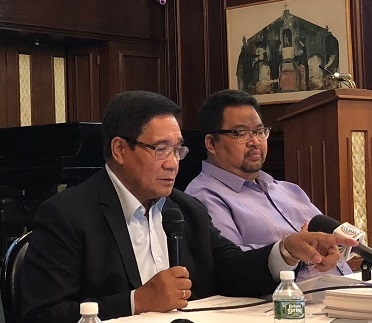 National Security Adviser Hermogenes Esperon (left) at the focus group discussion with Deputy Consul General Kerwin Tate. The FilAm Photo