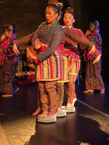 The Dance of the Plates is believed to have originated from the Indonesia and spread throughout Asia's Islamic region which includes Mindanao. The FilAm Photos
