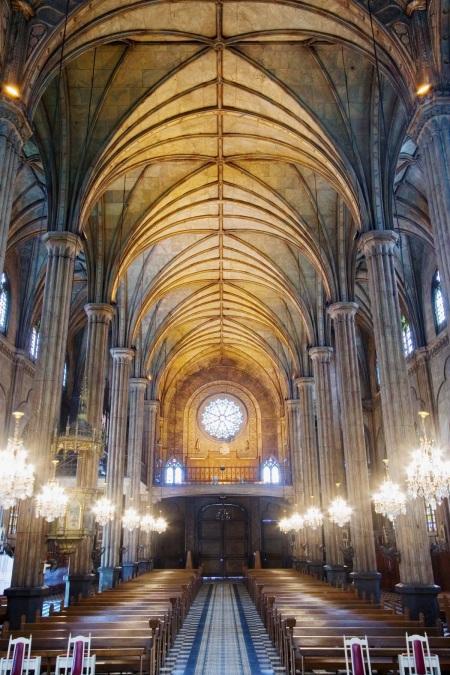 San SebastianBasilica,builtin1891,isoneofthevery few all-metal churchstructuresintheworld.Itsinteriorispaintedtolook likestone.PhotobySanSebastianBasilicaConservation andDevelopmentFoundation